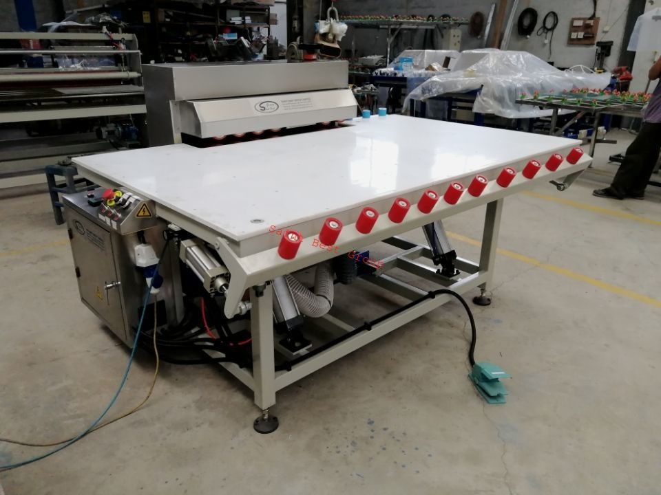 Single Side Heated Roller Press Table,Hot Roller Press Machine for Insulating Glass,Heated Roller Press Machine